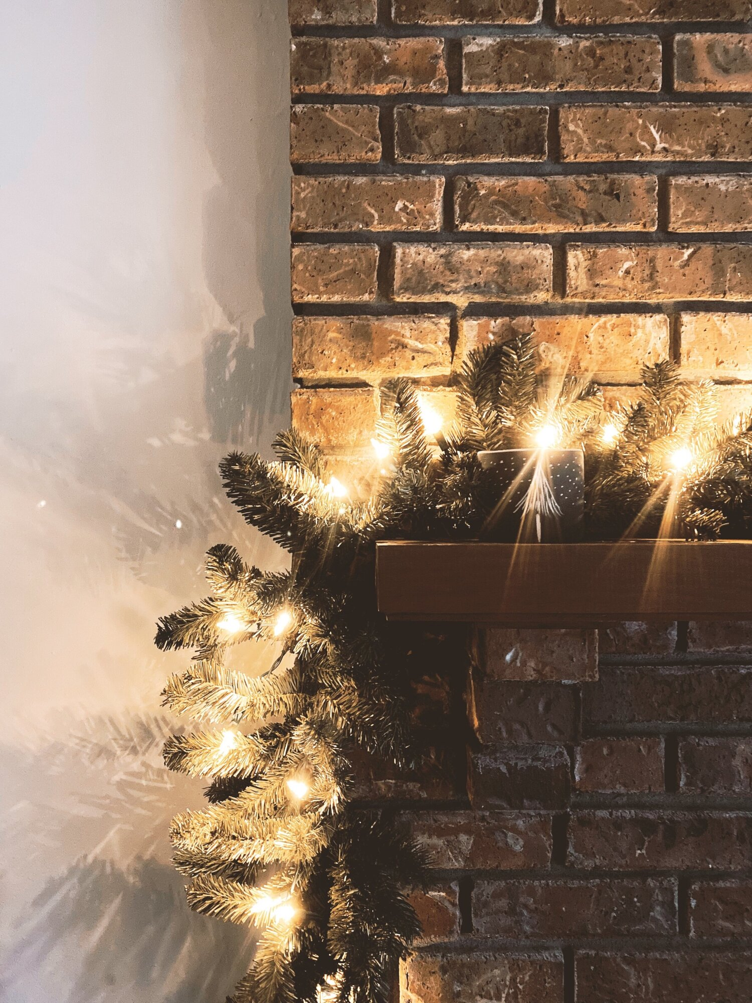 Celebrate the Season With Eco-Friendly Holiday Decorations, Decor, & More — Sustainably Chic